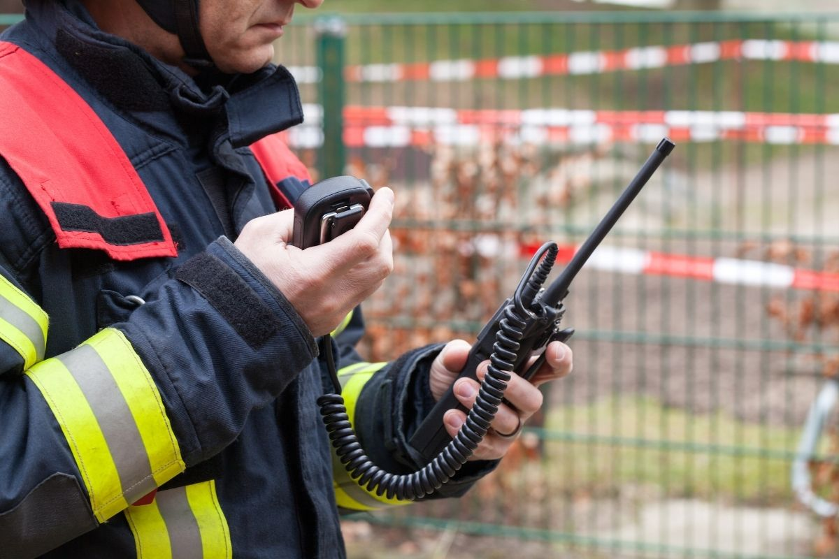 Best two way radio headset and earpiece review