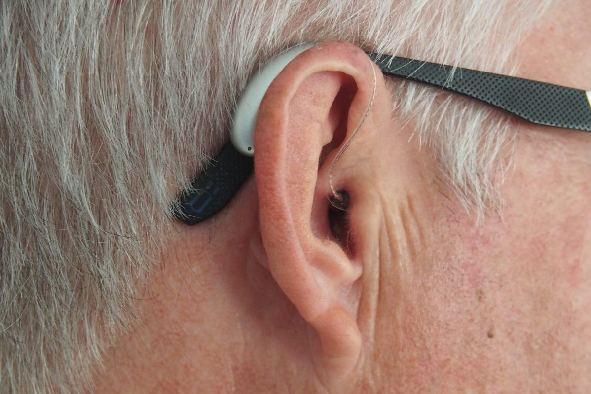 How Do Light-Based Hearing Aids Work?